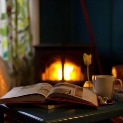 Le mie feste di Natale con un libro e tanto relax davanti al camino