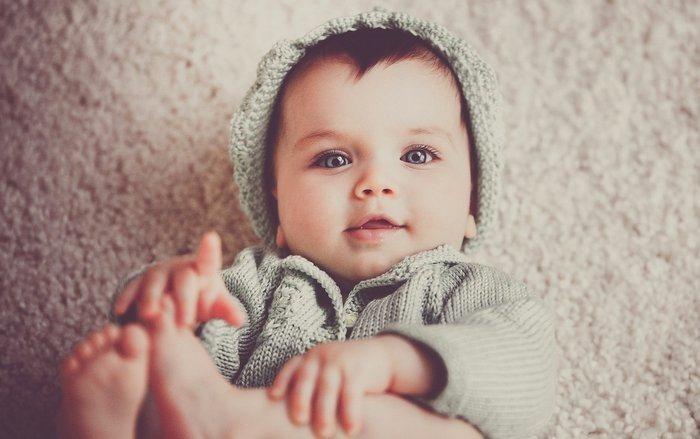 Idee e suggerimenti per vesitre una neonata